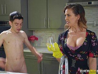 Porn milf Hot Milfs
