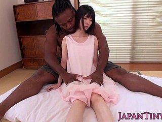 Japanisch vs schwarz porno